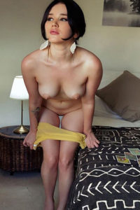 Escort de clase alta adolescente Chrissy Hotel ordena para noches de sexo
