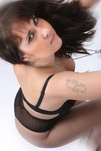 Modelo de acompañante Eva-3 Top Girl Mujer grande Figura sexual Erótica Bonita de Berlín