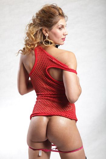 Lisa rubia experimentada escort de Berlín una modelo erótica desinhibida