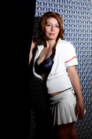 Maria-2 Pequeño pequeño escort modelo sexual Berlín dama juguetona