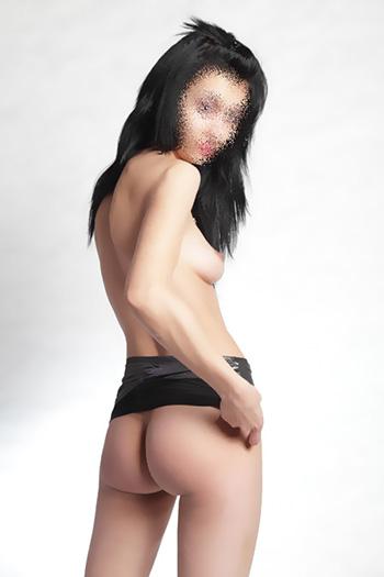 Experiencia sexual en Berlín con Sissi romance erotic passion escort sex call girl from Bulgaria